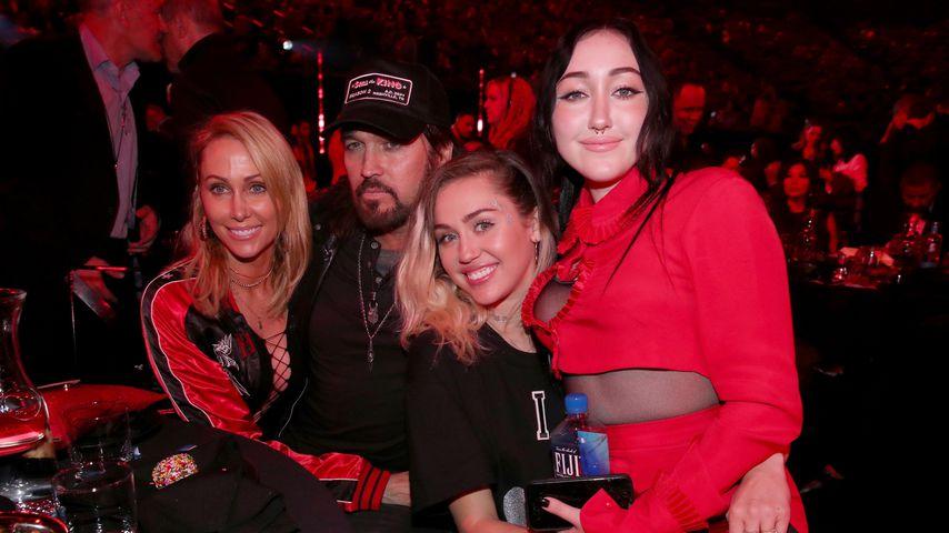 Trennung von Patrick: Jetzt braucht Miley ihre Familie