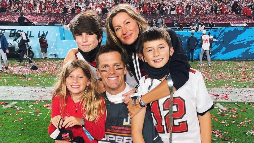 Tom Brady mit seinen Kindern und Ehefrau Gisele Bündchen