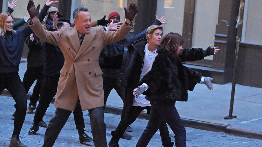 Cool! Tom Hanks tanzt in Carly Rae Jepsens Video