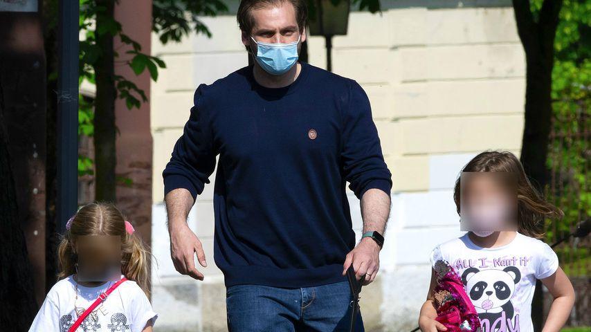 Tomaso Trussardi mit seinen Töchtern Celeste und Sole im Mai 2020