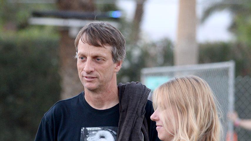 Tony Hawk und Cathy Goodman 2014 beim Coachella-Festival
