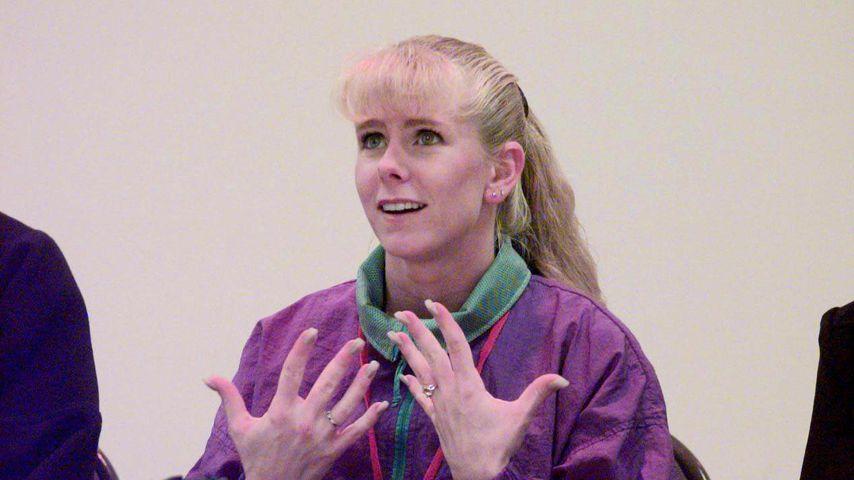 Eiskunstläuferin Tonya Harding während einer Pressekonferenz