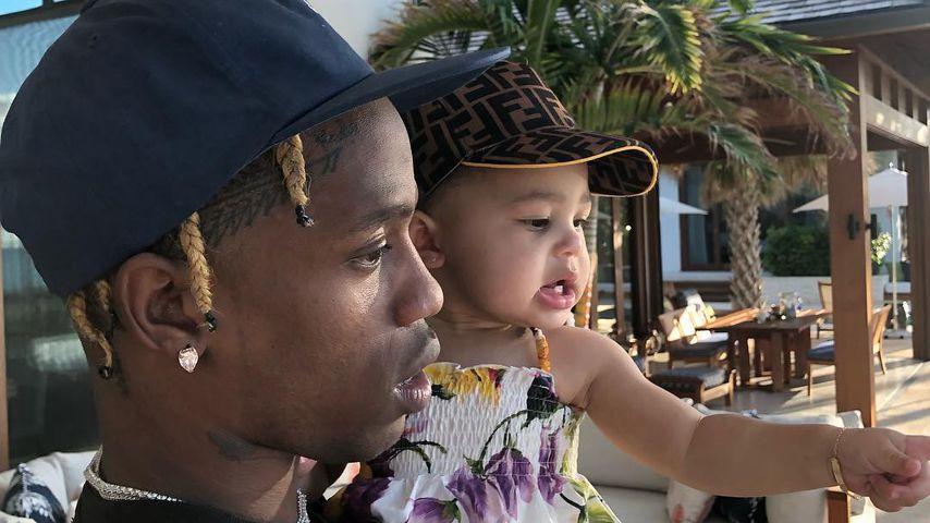 Zu Stormis B-Day: Kylie postet süße Clips mit Papa Travis!