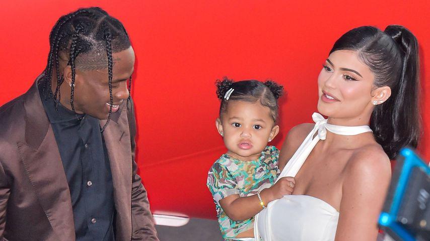 """Travis Scott, Stormi Webster und Kylie Jenner bei der """"Travis Scott: Look Mom I Can Fly""""-Premiere"""