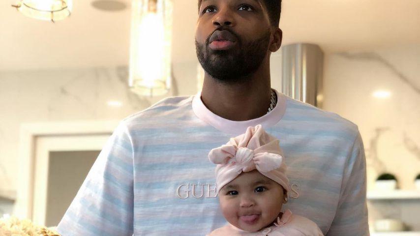 Tristan Thompson und seine Tochter True als Baby