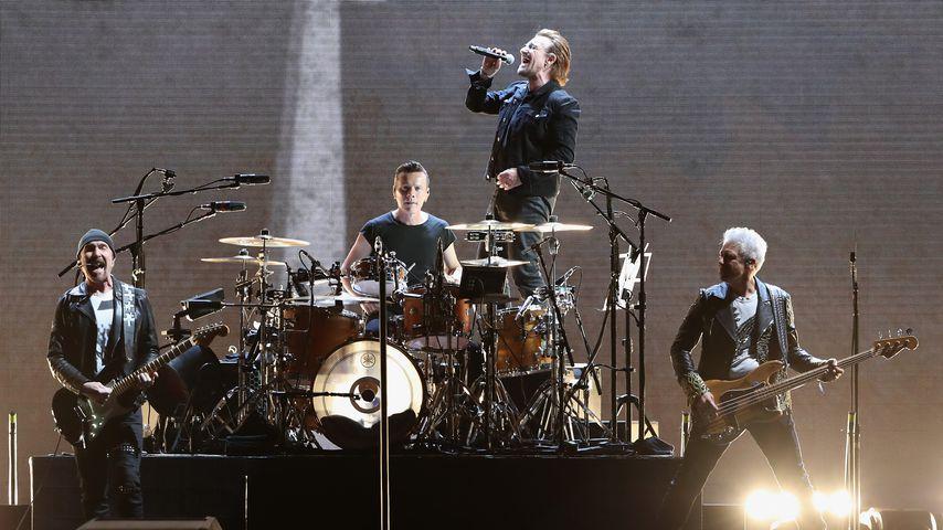 U2 bei einem Konzert in Arizona