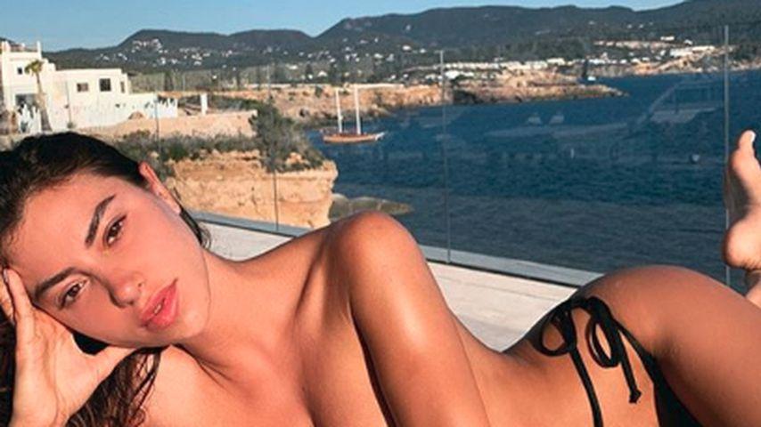 Valentina Fradegrada, Model
