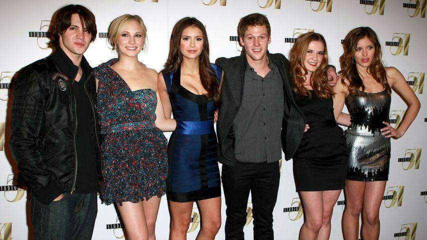 Nina Dobrev, Sara Canning, Zach Roerig und Kayla Ewell