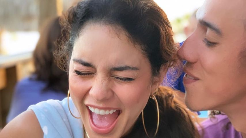 Vanessa Hudgens teilt süßes Paar-Pic mit ihrem Freund Cole