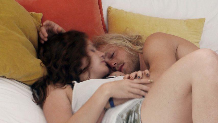 """Vanessa Kurth und Mario Kleinermanns bei """"Paradise Hotel"""""""