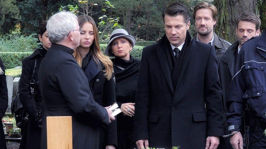 Grab-Fotos: So wird Verbotene Liebe-Eva beigesetzt