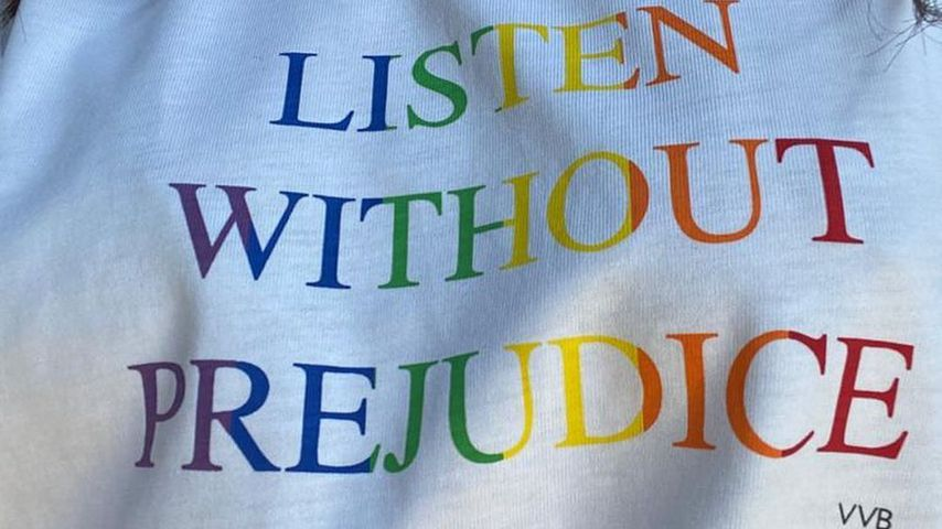 Victoria Beckhams Charity T-Shirt