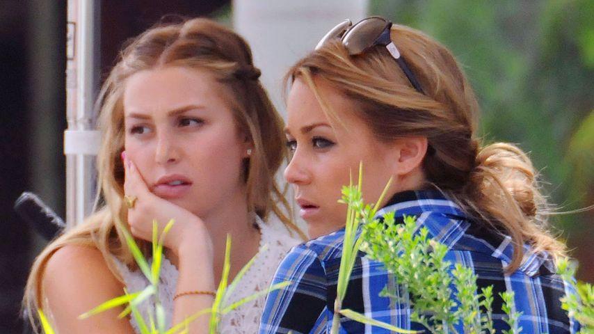 """Whitney Port und Lauren Conrad 2008 bei Dreharbeiten für """"The Hills"""""""