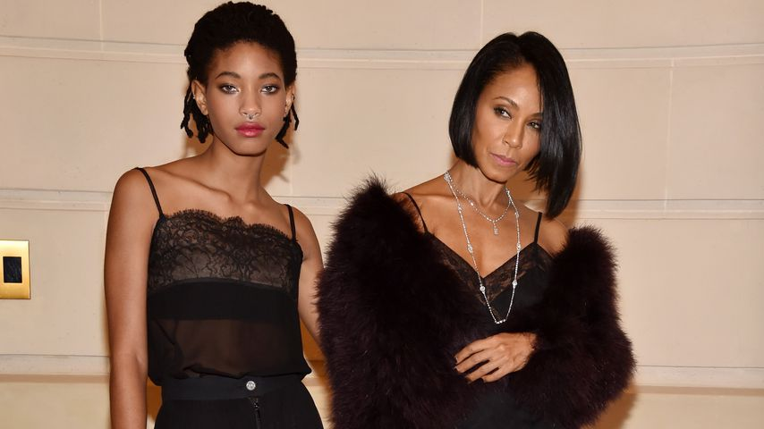 Willow und Mutter Jada Pinkett-Smith im Dezember 2016 in Paris