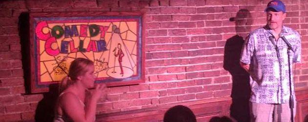 """Amy Schumer und Woody Harrelson im """"Comedy Cellar"""""""