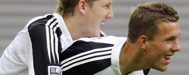 Bastian Schweinsteiger und Lukas Podolski beim Confederations Cup 2005