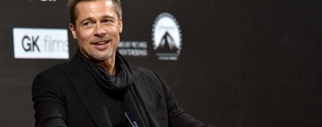 """Brad Pitt bei der """"Alied""""-Pressekonferenz in Shanghai"""