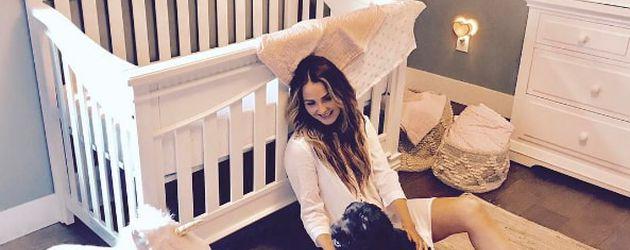Camilla Luddington im Baby-Zimmer ihrer Tochter Hayden, Mai 2017