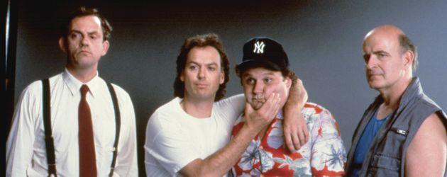 "Christopher Lloyd, Michael Keaton, Stephen Furst und Peter Boyle in ""The Dream Team"""