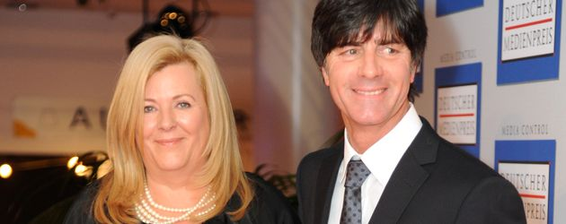 Daniela und Joachim Löw bei der Verleihung des deutschen Medienpreises in Baden-Baden