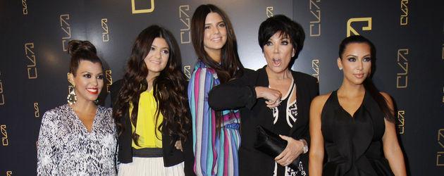 Kylie Jenner, Kim Kardashian, Kendall Jenner, Kourtney Kardashian und Kris Jenner