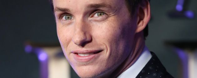 "Eddie Redmayne im November 2016 bei der Filmpremiere von ""Fantastic Beasts"" in London"