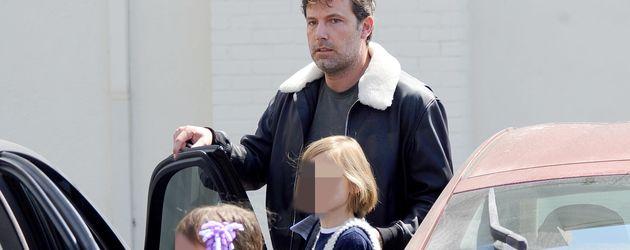 Ben Affleck mit seinen Töchtern Violet und Seraphina