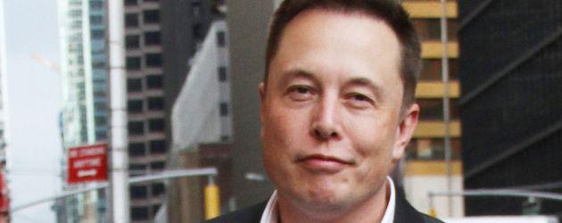 """Elon Musk auf dem Weg zur """"Late Show mit Stephen Colbert"""""""