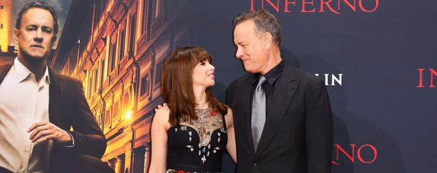 "Felicity Jones und Tom Hanks auf der ""Inferno""-Premiere in Berlin"