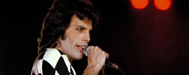 Freddie Mercury bei einem Auftritt