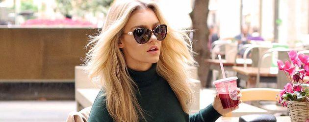 Georgia Gibbs, Model