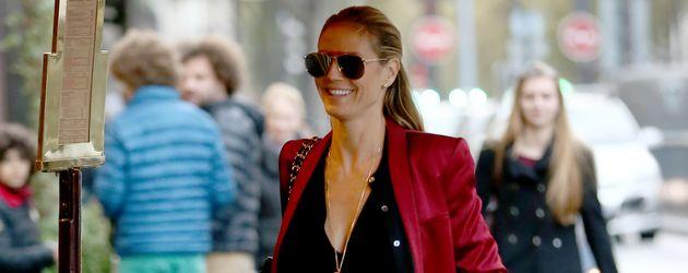 """Heidi Klum im Oktober 2016 vor der Brasserie """"Lipp"""" in Paris"""