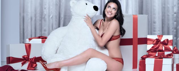 Irina Shayk, Intimissimi-Weihnachtskampagne 2016