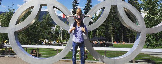 """Jensen Ackles mit seiner Tochter Justice Jay """"JJ"""" Ackles"""