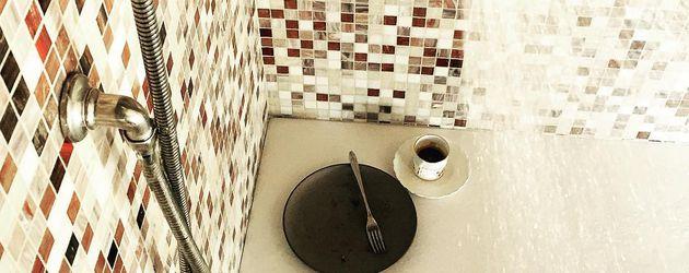 stark st rker jessica biel was sind denn das f r muckis. Black Bedroom Furniture Sets. Home Design Ideas