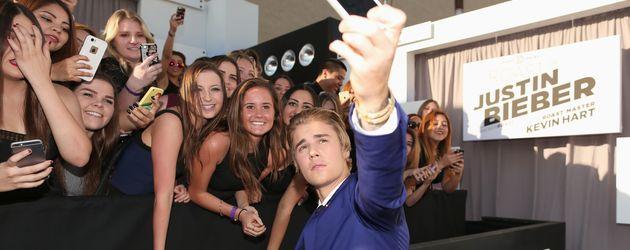 Justin Bieber mit Fans in L.A.