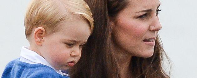 Prinz George und seine Mutter, Herzogin Kate