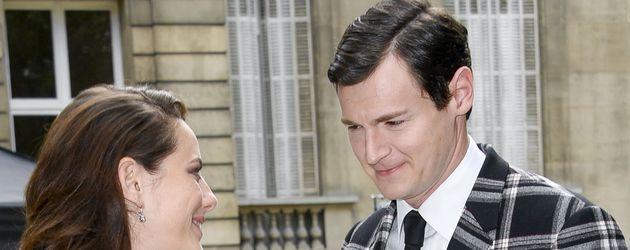 Kaya Scodelario mit Benjamin Walker in Paris