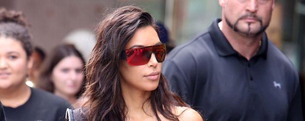 Kim Kardashian mit ihrem Bodyguard Pascal Duvier unterwegs in Toronto