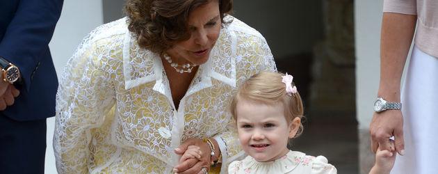 Prinzessin Estelle von Schweden und Königin Silvia von Schweden