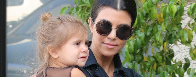 Kourtney Kardashian und Penelope Disick