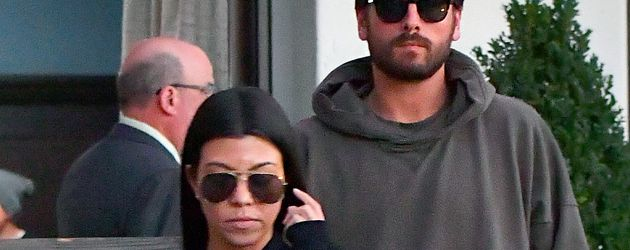 Kourtney Kardashian und Scott Disick in den Woodland Hills