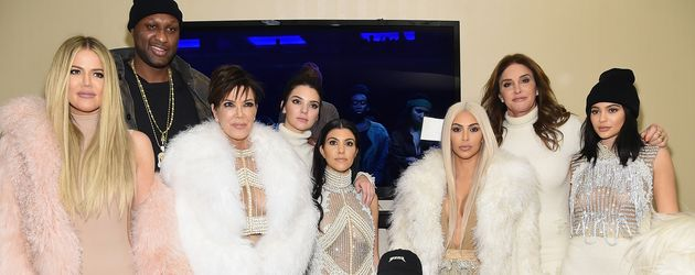 Khloe Kardashian, Kylie Jenner, Kim Kardashian, Kanye West, Kendall Jenner, Kourtney Kardashian