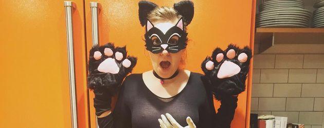 """Girls""-Erfinderin Lena Dunham als ""angegrabschte Muschi"""