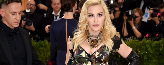 """Madonna bei der """"Rei Kawakubo/ Comme des Garsons: Art Of The In-Between""""-Gala in New York"""