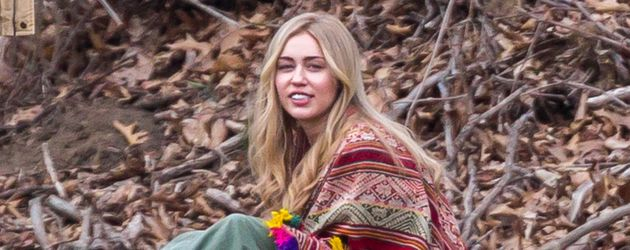 "Miley Cyrus am Set von ""Crisis in Six Scenes"""