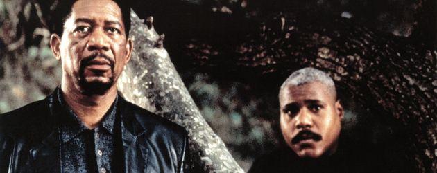 """Morgan Freeman und Bill Nunn im Film """"Kiss the Girls"""""""