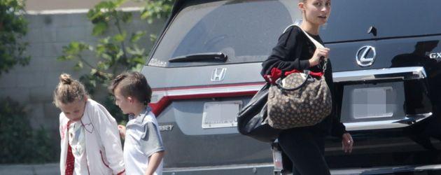 Nicole Richie mit ihren Kindern Harlow und Sparrow