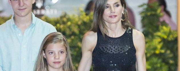 Prinzessin Sofia und Königin Letizia auf Mallorca