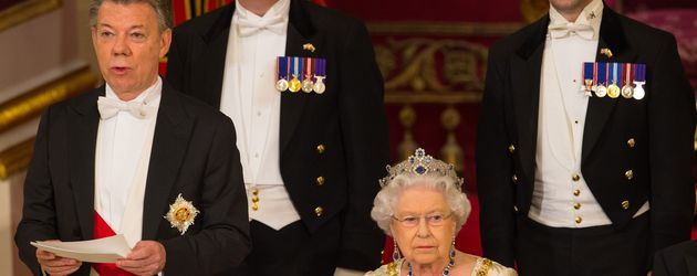 Queen Elizabeth II. und Juan Manuel Santos beim Staatsbankett im Buckingham Palace